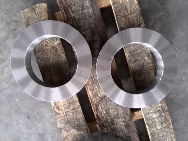 t1 600x450 - tungsten carbide rolls ring
