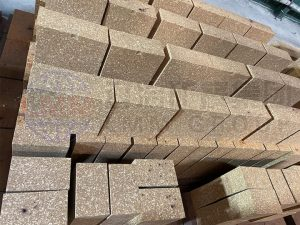 2 300x225 - LMM GROUP refractory bricks