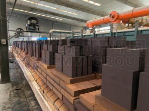 1 300x225 - LMM GROUP refractory bricks